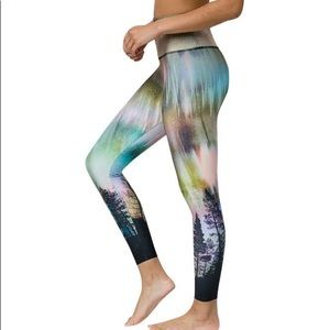 Onzie Flow Highrise Basic Midi Northern Lights M/L